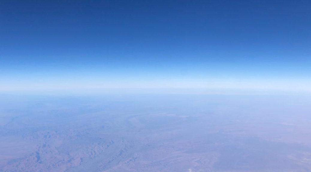 Ciel et terre vue de l'espace